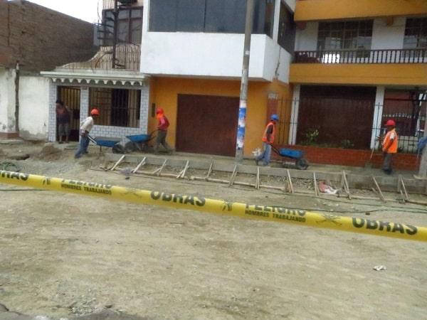La otra semana colocan asfalto en caliente a una vía de Mansiche