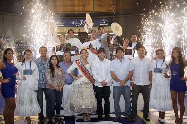 Pilsen Trujillo premia a campeones Adultos