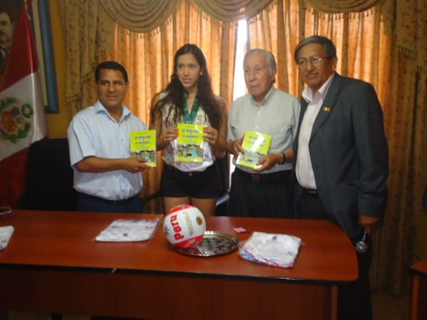 Presentan libro El deporte por el Deporte y reconocen a deportistas liberteños