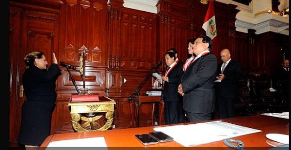 Rosa-Nuñez,-reemplazante-de-Urtecho,-juró-como-congresista