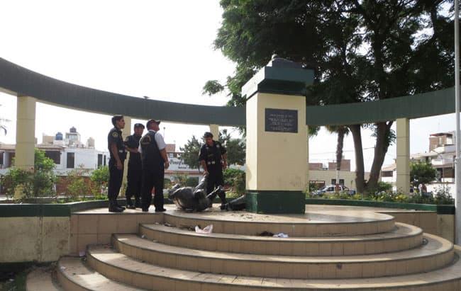 Vándalos-destruyeron-estatua-del-héroe-Alipio-Ponce