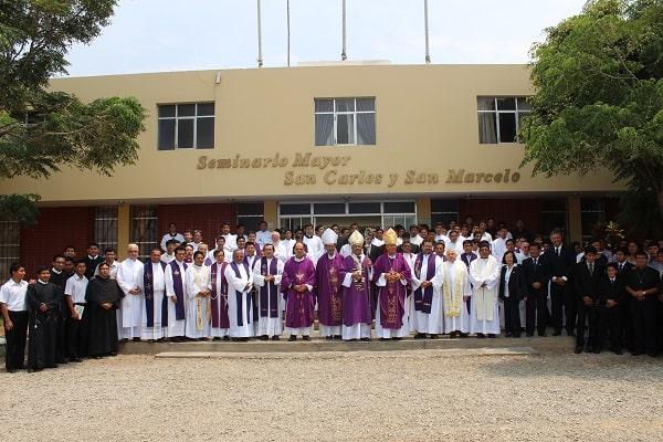 Arzobispo pide formar la actitud interior de los seminaristas