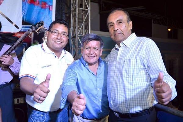 José Ruiz hizo multitudinario cierre de campaña en Huanchaco