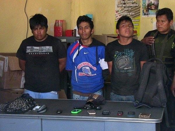 Sujetos hacen disparos al aire frente a colegio en Usquil