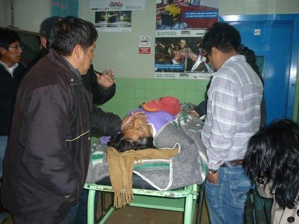 mototaxista atropella dos ancianas y se da a la fuga