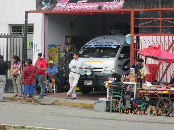 Erradican  paraderos informales en prolongación Vallejo y Pumacahua