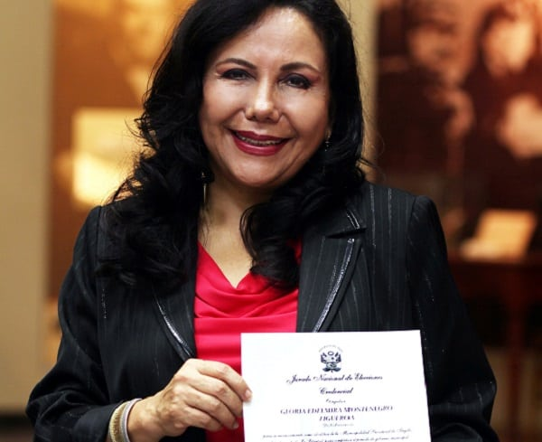 Gloria Montenegro juramenta como alcaldesa el miércoles 14 de mayo