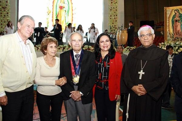 Reconocen a científico José Aste por investigaciones a la Virgen de Guadalupe