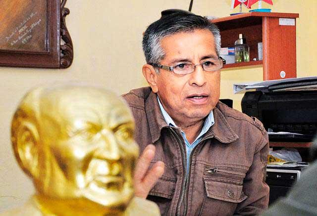 Secretario-Regional-del-Partido-Aprista-Peruano,-Carlos-Martínez-Polo