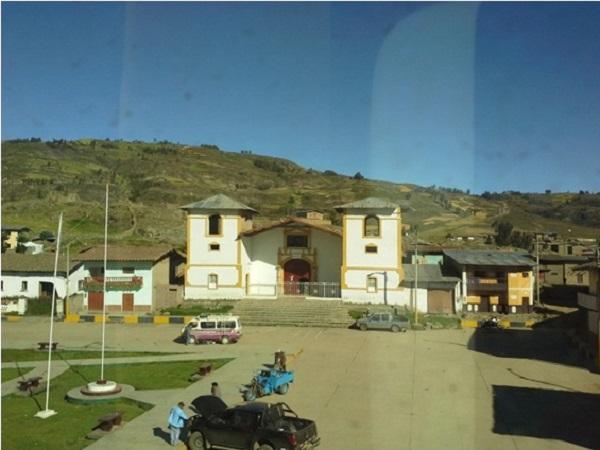 SUSPENDE DE FUNCIONES A ALCALDE MERCEDES CASTRO