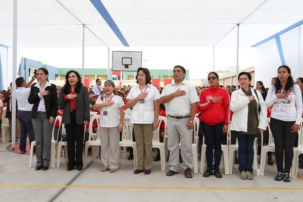 1200 alumnos de colegio Talentos celebran a la patria con Munasca Unancha