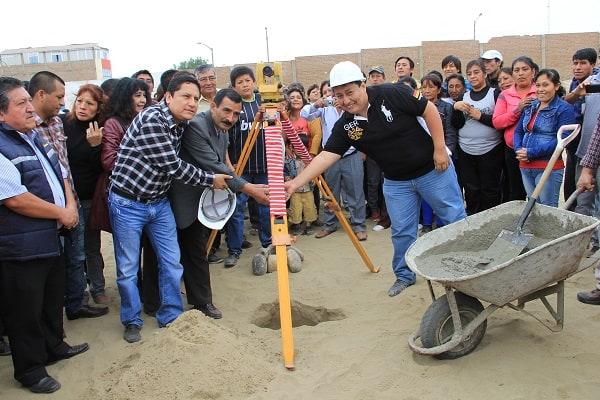 Inician  construcción de  32 aulas por más de 8 millones en  el colegio  Indoamericano del Sector Río Seco