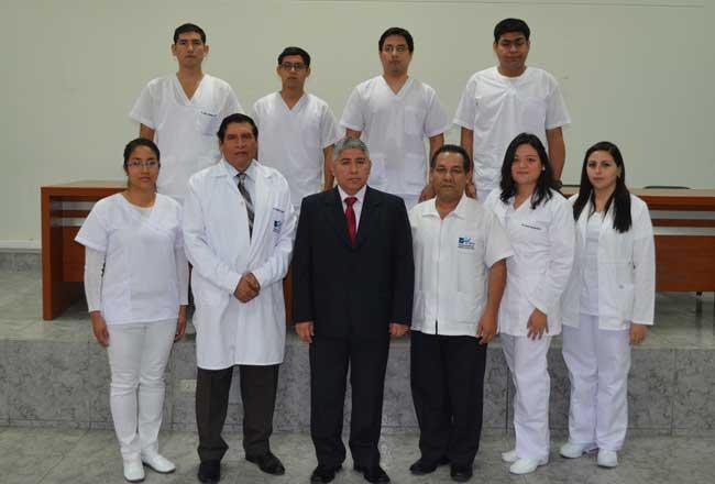 Médicos-residentes-inician-su-especialización--en-el-Iren-Norte