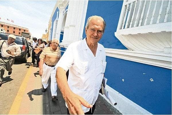 Murgia defiende postulación de Clemencia Ulloa a consejera por Santiago de Chuco
