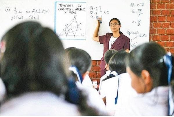 Se espera que con mayor presupuesto en Educación se supere déficit de maestros