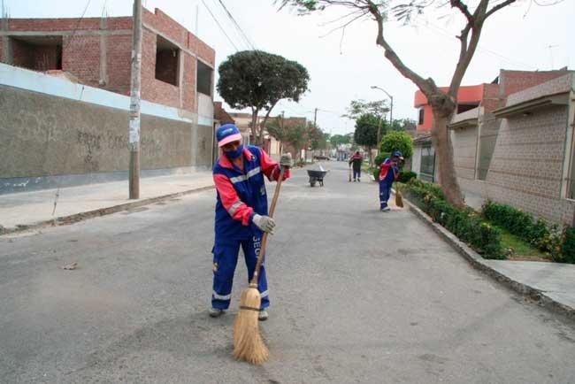 Serviico-de-limpieza-publica-en-Trujillo