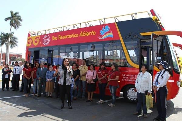 Trujillo ya tiene su primer Mirabus turístico