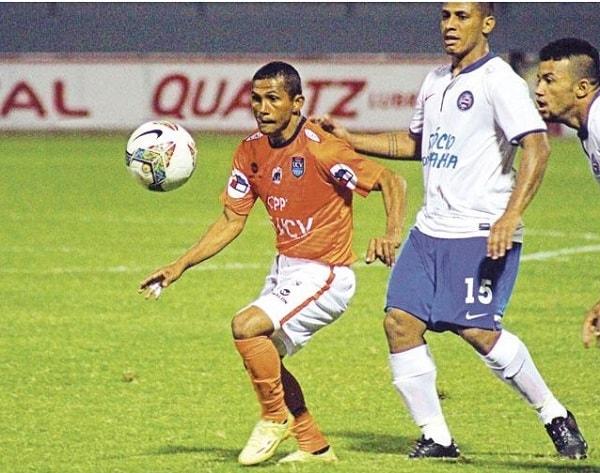 César Vallejo espera no perder paso del Clausura