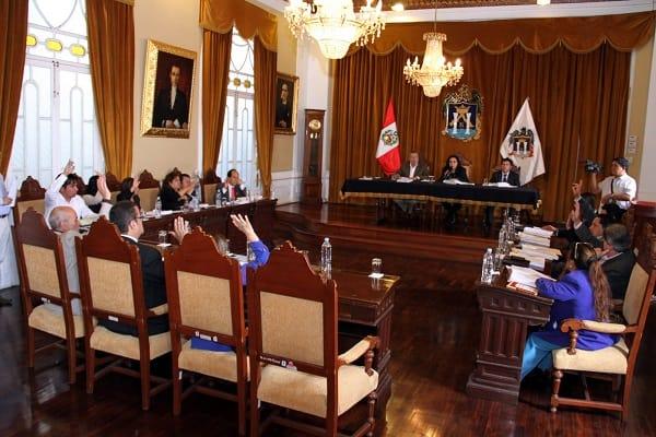 Concejo adjudicó a GMD el sistema de pago con tarjeta en Trujillo