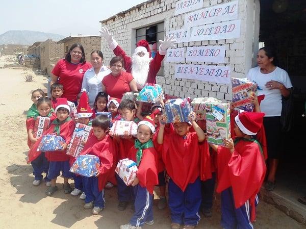 DEMUNA-Trujillo y RENIEC facilitan a niños el derecho a la identidad