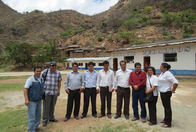 Gerente-Regional-de-Educación-visitó-lejana-Provincia-de-Bolívar